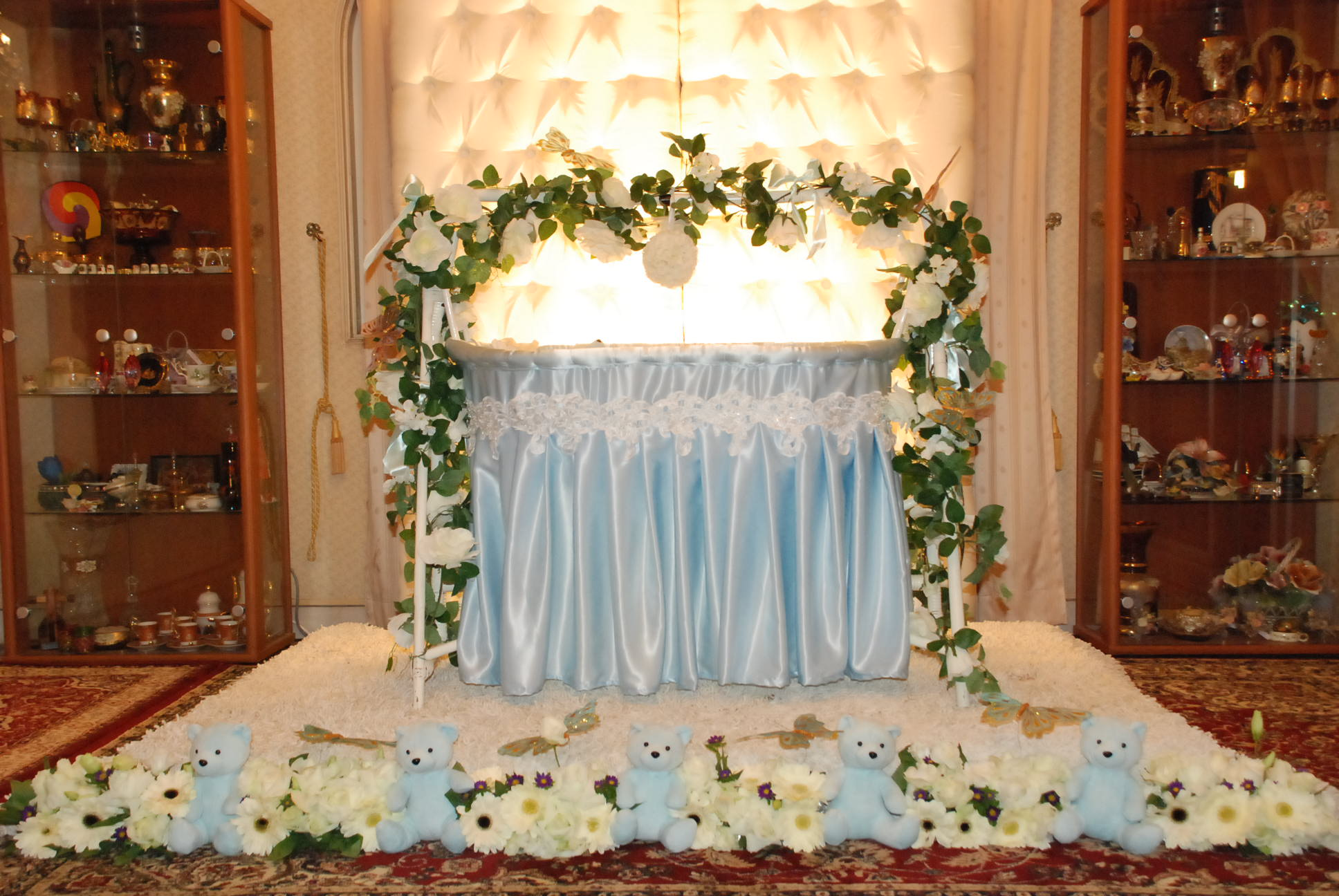 Crib decoration ideas for cradle ceremony creative ideas for Decoration ideas